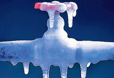 8 Tips to Prevent Frozen Pipes
